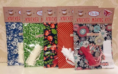 Knicker kit