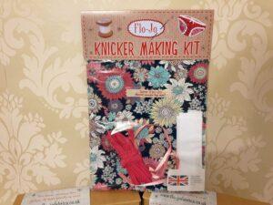 Knicker kit
