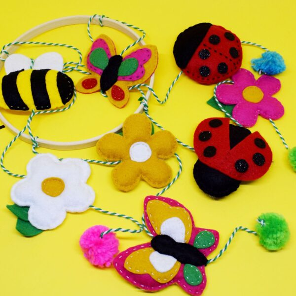 'Bug and Bee' Hanging Decoration Kit