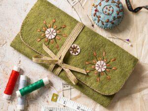 Sewing Roll Felt Craft Kit