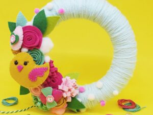 EASTER WREATH FELT CRAFT KIT